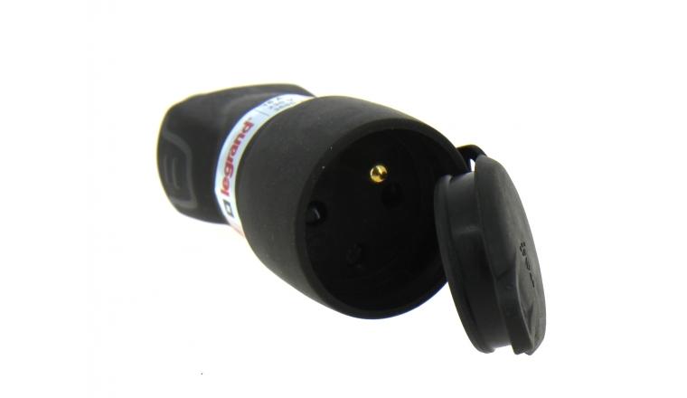 Fiche Electrique Femelle 2P+T avec bouchon IP 44 - 230 V- 16 A Noire Legrand - Ref 050117