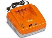 Chargeur rapide de Batterie AL 300 230V - Stihl
