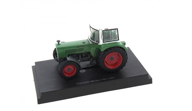 Tracteur Fendt Farmer 106S avec Cabine 4 Roues motrices Echelle 1/32 UH5312