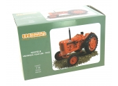 Tracteur Nuffield Universal Four DM (1958) UH 2715