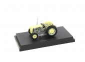Tracteur Ferguson TO 35 (1957) au 1/32ème Universal Hobbies 4991